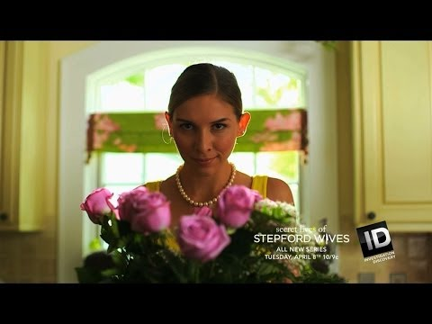 EXTENDED SNEAK PEEK: Secret Lives of Stepford Wives   New Series - Tue Apr 8 10/9c