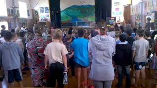 Hawera New Zealand  city pictures gallery : Hawera Primary singing the New Zealand anthem