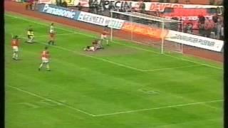 Valdas Ivanauskas setzt sich gegen Kaiserslautern durch