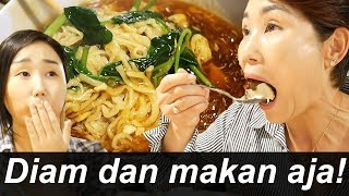 Video Akhirnya nemu makanan Indonesia lagi!! MP3, 3GP, MP4, WEBM, AVI, FLV Desember 2018