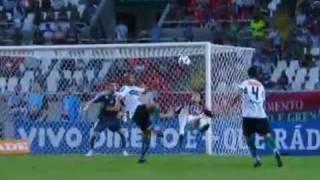 Lançe do Fluminense Fred recebe a bola mata no peito e de bicicleta marca um dos 3 que fez no jogo contra o Curitiba Goolaço...