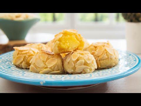 Almond Ghriba With Lemon Cream / غريبة اللوز بكريمة الليمون - CookingWithAlia - Episode 818
