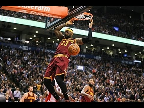 Video: Lebron James Has Double-Double Matching Season-High 14-Assists