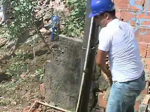 Bombeiros retiram mais dois corpos de morro em Niterói (RJ)