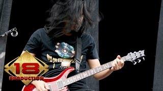 Andra And The Backbone - Terdalam (Live Konser Blitar 08 April 2008)