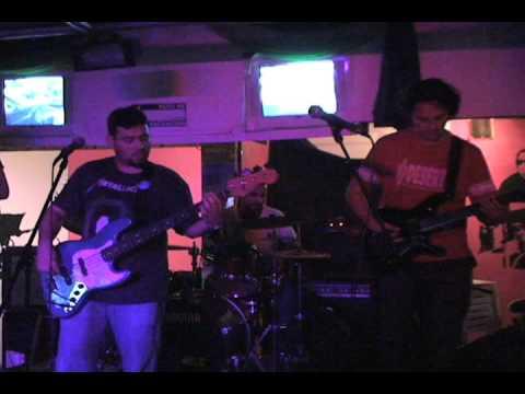 Fungus Dilema? - King Hippo Live@Casa De Maria