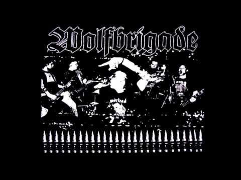 WOLFBRIGADE live @ AZ Mülheim, Germany (10.05.2002 - FULL GIG)