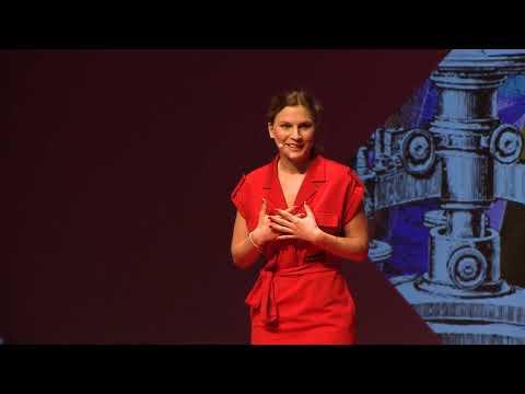 Illúziófüggőség – csak a kezemet nézd, ne az instát! | Győri Bettina | TEDxYouth@Budapest 2019