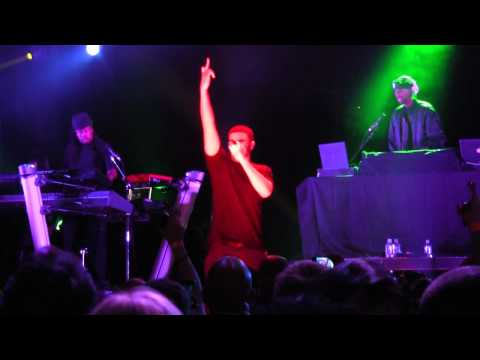 """Drake- """"Lose My Mind"""" and """"Money to Blow"""" (HD) Live in Chicago on October 14, 2010"""