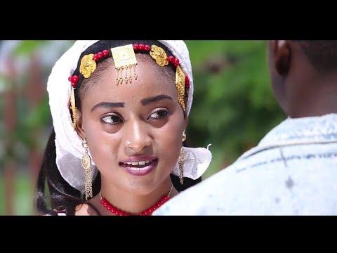 Sabuwar Waka (Abun Wani Sirri Ne) Sabuwar Waka Video 2019 by Garzali Miko ft Aysha Humaira...