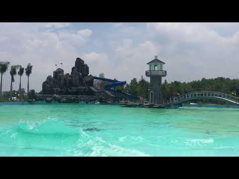 Hồ bơi sóng biển nhân tạo