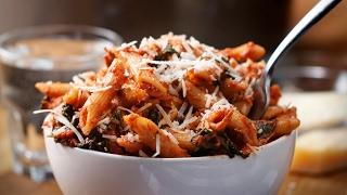 One-Pot Spinach Chicken Pasta by Tasty