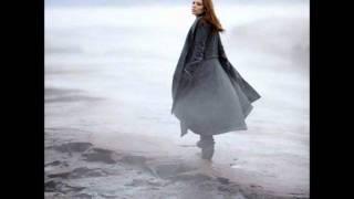 Holly Brook - Follow Me