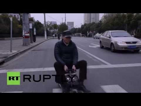 Onko tämä maailman pienin kaupunkiauto? Painoa vain 50 kiloa