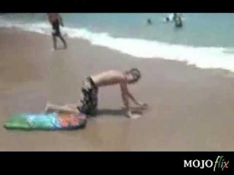 兄弟你跳太早了!衝浪不是這麼玩滴!