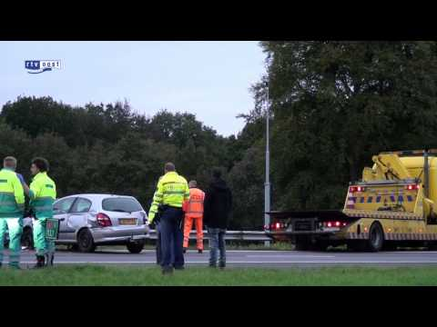 Auto over de kop A1 Bathmen