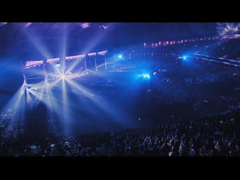 ONE OK ROCK - Cry out [Official Video from AMBITIONS JAPAN DOME TOUR]