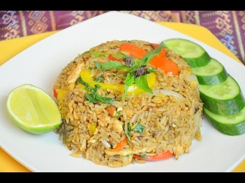 How to Make Thai Spicy Chicken Fried Rice ข้าวผัดพริกไก่