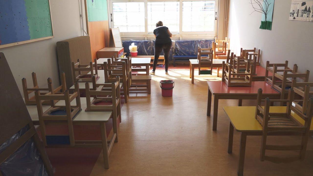 Προετοιμασία και απολυμάνσεις γίνονται  για το άνοιγμα των σχολείων