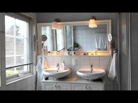 Badschränkchen