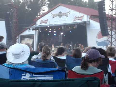 Carrie Underwood - Starts With Goodbyee: Live @ Merritt Mountain Music Festival 2007