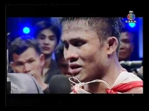 THAI FIGHT Buakaw P.Pramuk ไทยไฟท์ บัวขาว 2012.flv