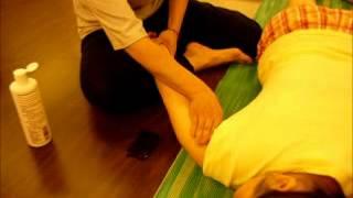 妍姿經絡瑜珈瘦手臂肥肉摩法