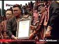 Penyerahan Rekor Muri Pada Pagelaran Tari Saman 10001 Penari
