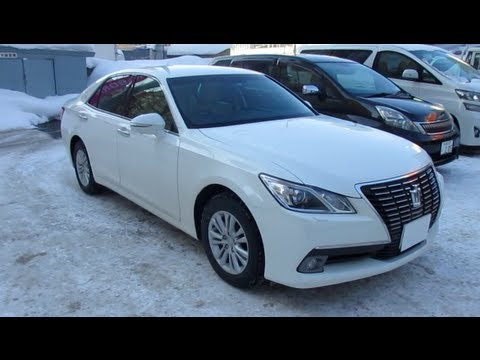 2013 New TOYOTA CROWN RoyalSaloon - Exterior & Interior