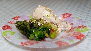 Куриная голень в сливочном соусе в духовке с брокколи