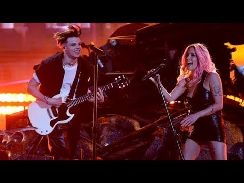 (HD) Halsey Ft Yungblud & Travis Barker - Without Me/11 Minutes Medley (iHeartRadio)