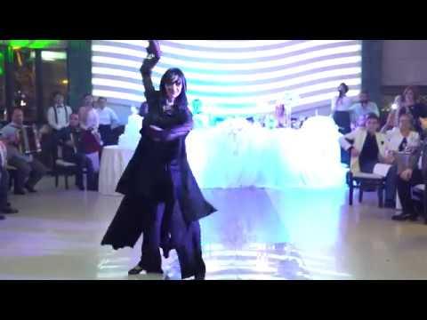 დიანა ბლიაძე - ცეკვა ქორწილში (ვიდეო)