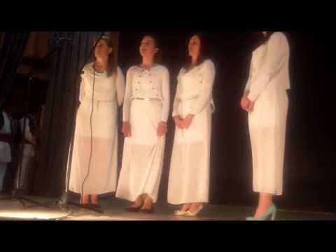 Ženska pevačka grupa UNA iz Barajeva:Sjajna mjesečina