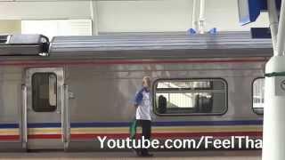 Parit Buntar Malaysia  city pictures gallery : รถไฟมาเลย์ Express Rakyat train at Parit Buntar Malaysia