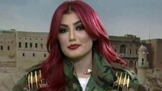 هلی لاو خواننده کرد ایرانی در برابر داعش