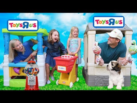 FAKE Toys R Us Stores Compete for Customers ~ Kids Prank Video