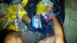 Video 14 minutes dumpster diving Awesome score ! Dollar general snack foods MP3, 3GP, MP4, WEBM, AVI, FLV Juli 2019