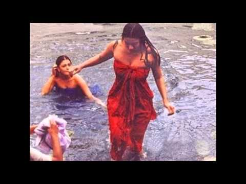 Video Tabu hot boobs and cleavage download in MP3, 3GP, MP4, WEBM, AVI, FLV January 2017