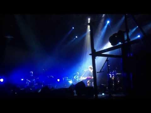 Земфира - Жить в твоей голове (Волгоград, 09.10.13) (видео)