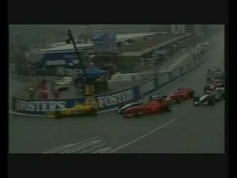 l'apocalisse a spa: maxi incidente al via e scontro schumi vs coulthard