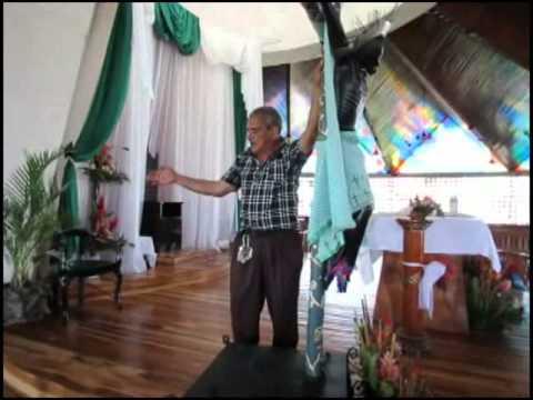 Hombre destruye parte del santuario del Santo Cristo de Esquipulas