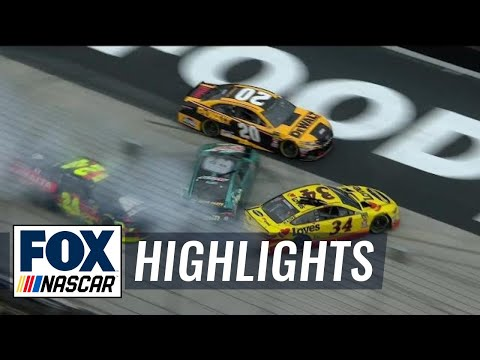 Michael McDowell triggers pileup with Chase Elliott |  2018 BRISTOL | FOX NASCAR