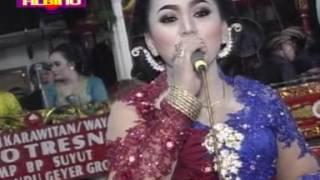 Video Bowo Langgam DADI ATI lajeng SARUNG JAGUNG dagelan SIMIN vs RIRIK MP3, 3GP, MP4, WEBM, AVI, FLV Desember 2018