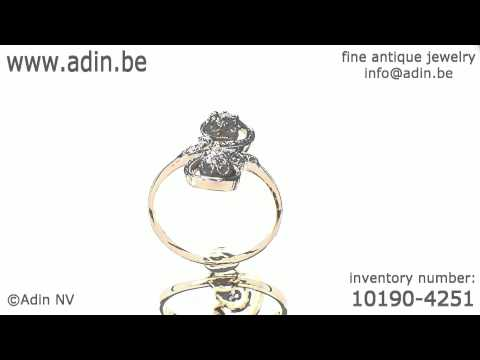 Elegant and romantic late Victorian diamond engagement ring (10190-4251)