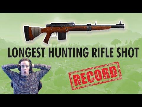 WORLDS LONGEST HUNTING RIFLE SHOT (Fortnite Battle Royale)