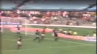 Brasileirão 1990 - Flamengo 2 x 2 Goiás - Estádio: Maracanã - Gols do Verdão: Guga (2x) - Imagens: Globo ...