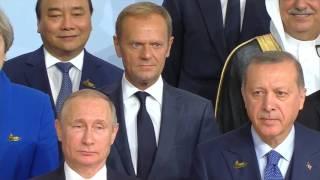 7 Tháng Bảy 2017 ... Bất ngờ , Nguyễn Xuân Phúc được gặp thủ tướng Đức, ở nhà Hang, ATLANTIC nĐức - Duration: 34:47. Tây Nguyên 24H 1,674 views. New.