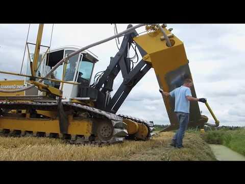 Тракторная Мощь: Полевой Дренаж