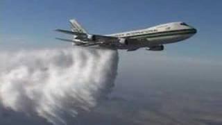 Boeing 747:  High Altitude Water Drop