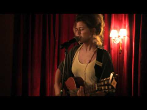 Selah Sue in Lille - French Acoustic Tour